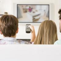 Med billig el behøver du ikke bekymre dig om dit forbrug foran skærmen